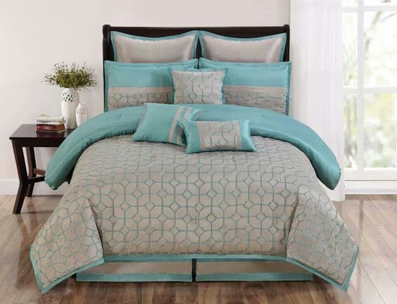 Turquoise And Gray Bedding Set