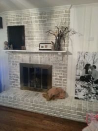 $20 Fireplace Makeover: How to get a whitewashed look on a ...