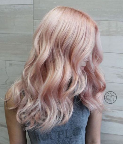 Lowlights are perfect with rose gold hairstyles!
