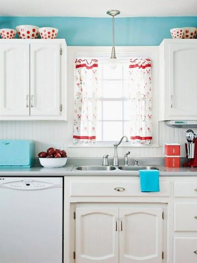 I love this. Red & turquoise kitchen. Its so cheerful! More: