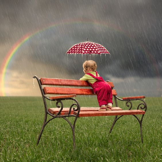 looking at the rainbow...20 Amazing Rain Photography Examples for your Inspiration: