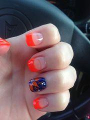 nails orange and tips
