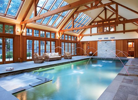 What I wouldnt give for an indoor swimming pool so I
