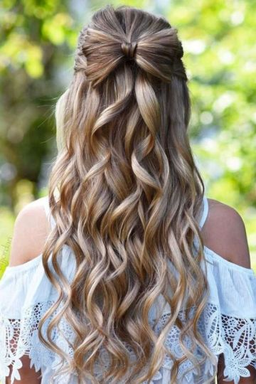 half up hair bows make such cute hairstyles for long hair!