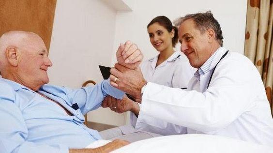 Visitar alguém no hospital