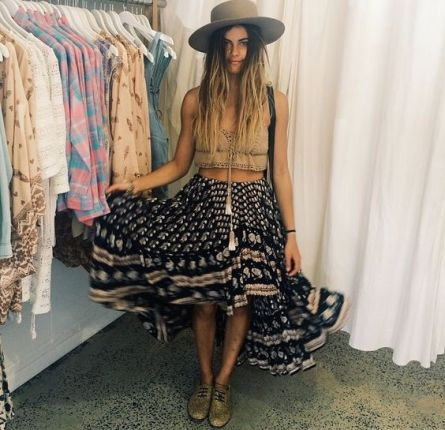 A high-low skirt is the best boho outfits for any trip!