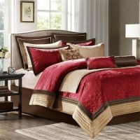 For the more traditional bedroom, spruce up your dcor