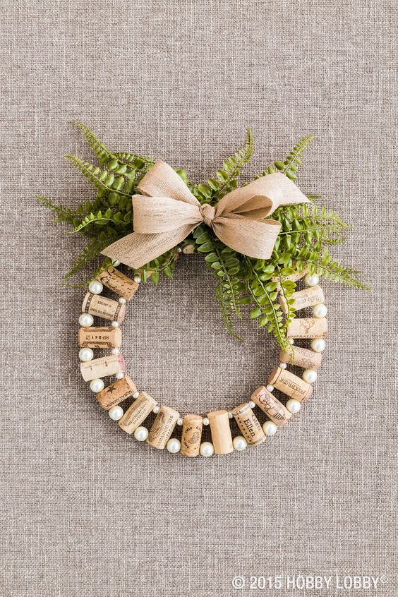 Reflecting your personal style is easy with a blank-canvas material like cork. Pair it with what speaks to you—vintage burlap, elegant pearls, rustic wood, contemporary color—and you'll be in love.: