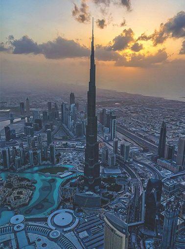 Burj Khalifa di Dubai.