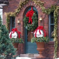 Classy Outdoor Christmas Decorating Ideas | Christmas ...