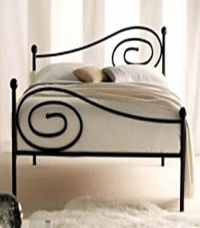 simple wrought iron bed design