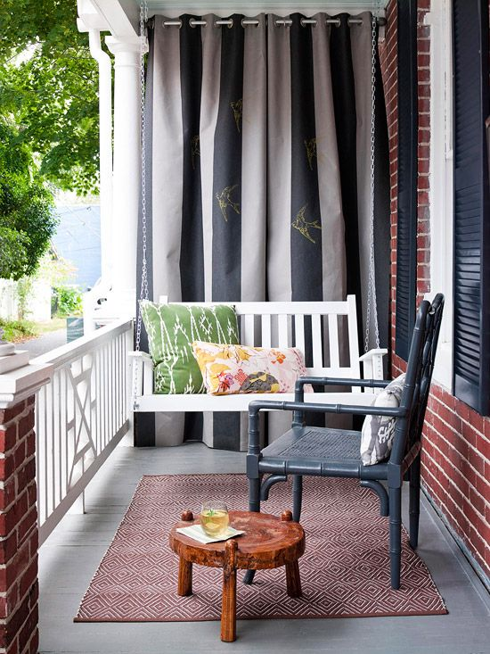 7f48fcf477cf8ca53515d15a86549a91 5 Stylish Elements for Southern Front Porch