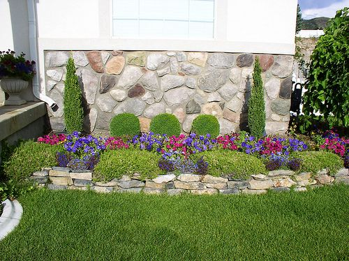 decorating flower beds