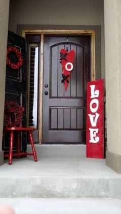 hot-red-valentine-decor-ideas-1.: