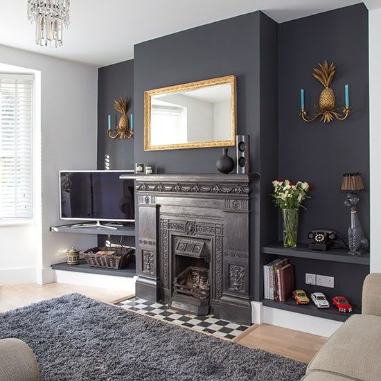 Feature walls, Traditional living rooms and Living rooms