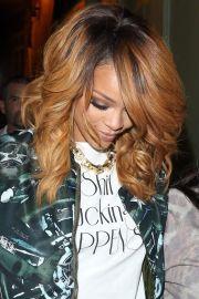 rihanna hair color