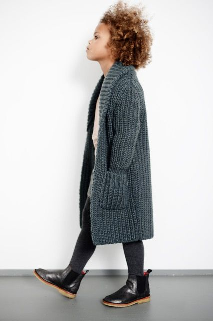 Love this long chunky knit cardigan. It's a great girls autumn look. She knows she's cool <3 #kids #children #fashion: