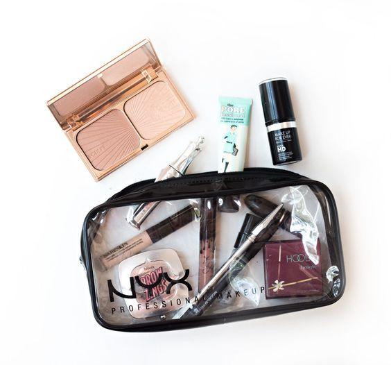 8e1ec9845d065494ead65fd51e72b253 10 Items To Pack In Your Travel Bag