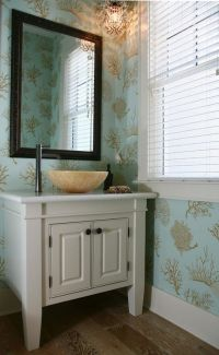 Luxurious coral-printed wallpaper transforms this bathroom ...