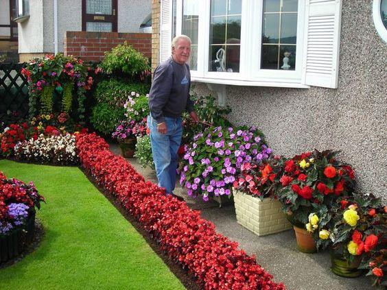 pretty garden ideas front
