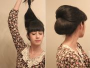 make pony tail with room tease