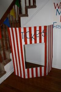 Circus party, Door prizes and Circus party decorations on