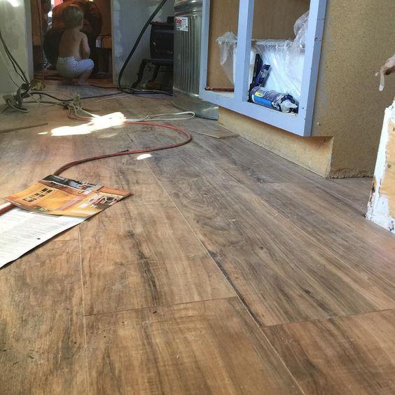 handscraped lakeshore pecan glueless laminate flooring by