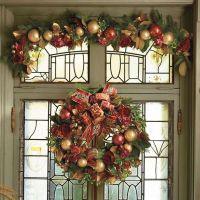 Williamsburg Rose Christmas decor wreath and garland swag ...