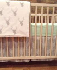 bumperless 2 piece crib bedding set in gray arrows by