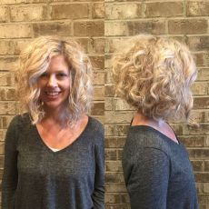 Blonde curly inverte
