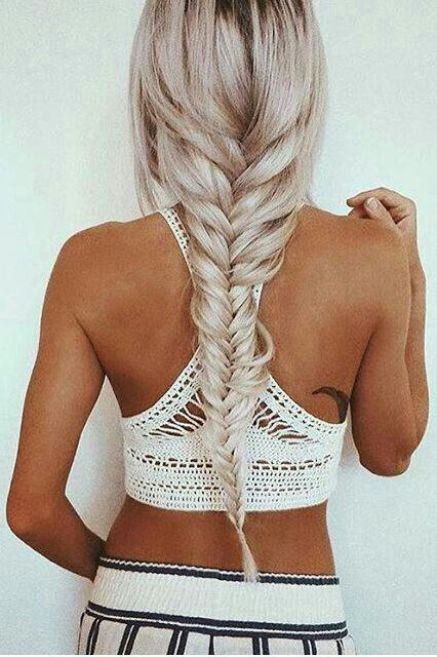 Fishtails make such cute hairstyles for long hair!
