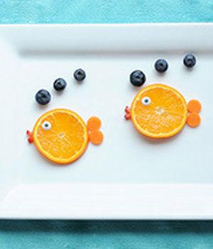 A school of 'fish' would be a cute snack for any classroom or kitchen table ;)