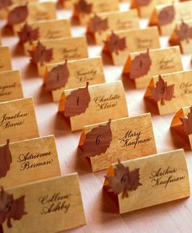 we need to figure out seating arrangements and a fun way to seat everyone. Fantastic Fall #Wedding Ideas: