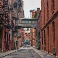 New York City's Futuristic Skybridges between Buildings