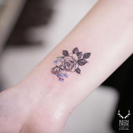 Rose wrist tattoo by Zihwa