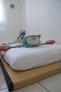 litchi le lit au sol et nous baby 39 mat la veille de la. Black Bedroom Furniture Sets. Home Design Ideas
