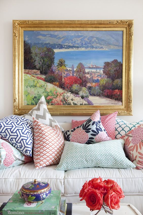 Like mixing prints on your bod? You'll love mixing patterns in your home. We have 23 inspo-filled ways here.: