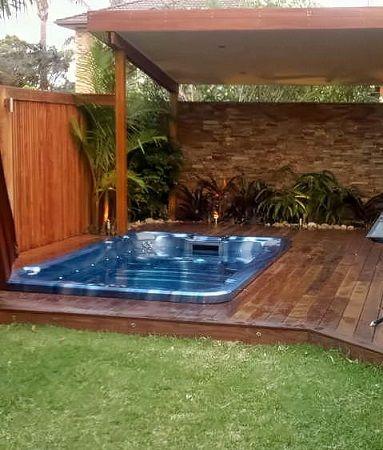 small backyard tropical oasis