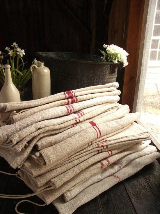 Vintage linens via Linen & Lavender: