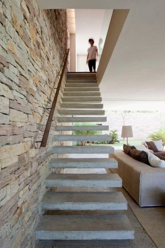 floating or suspended stairs