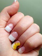 simple spring nail design
