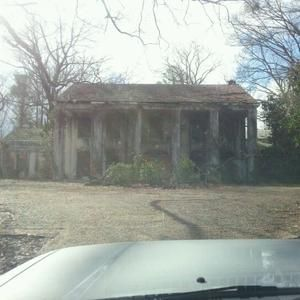 Mystic Falls Wallpaper Abandoned Mansion From Vampire Diaries Covington Ga By