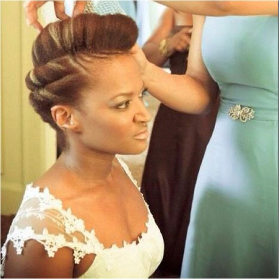 13 Natural Hairstyles For Your Wedding Day Slay: 17 Awesome Natural Hairstyles For Weddings