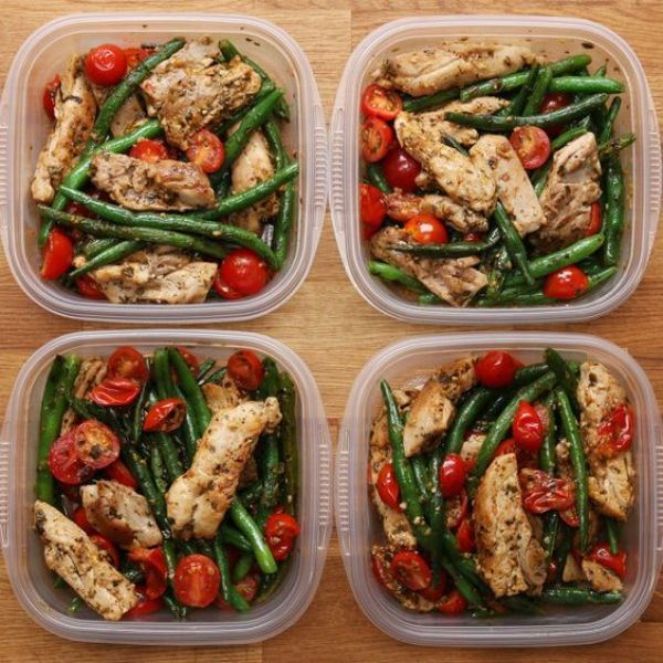 Weekday Meal Prep Pesto Chicken And Veggies | This Easy Pesto Chicken And Veggie Recipe Is Perfect For Meal Prep: