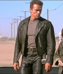 b4a053c959dd2b02c7ee4e2500172baf T shirts in movie: Terminator 2