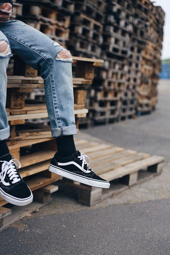 30代大人メンズはどんなスニーカーをチョイスするべき?