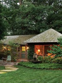 Stylish Sheds and Elegant Hideaways: Big Ideas for Small ...
