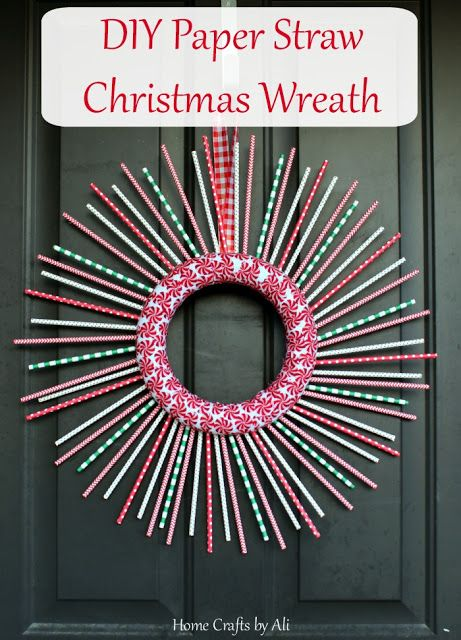 DIY Paper Straw Christmas Wreath - a cute, easy, and thrifty way to decorate your door: