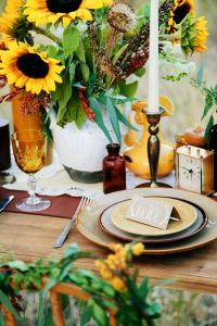 festive table setting.#sunflowers   Party Time: Fancy ...