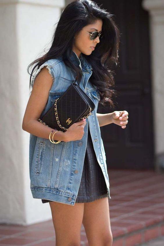 look colete jeans sobre vestido verao: